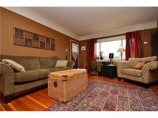 Photo 9: 1725 Lillian Road in VICTORIA: Vi Fairfield East Strata Duplex Unit for sale (Victoria)  : MLS®# 317751
