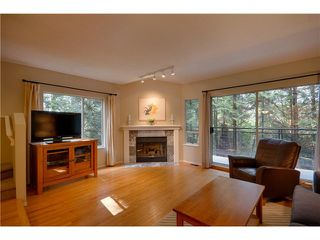 "Photo 2: 3934 INDIAN RIVER Drive in North Vancouver: Indian River Townhouse for sale in ""Highgate Terrace"" : MLS®# V997469"