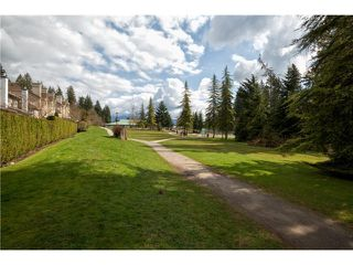 "Photo 10: 3934 INDIAN RIVER Drive in North Vancouver: Indian River Townhouse for sale in ""Highgate Terrace"" : MLS®# V997469"