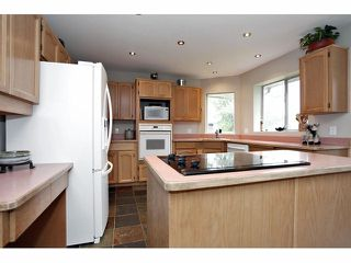 "Photo 4: 6525 179TH Street in Surrey: Cloverdale BC House for sale in ""Orchard Ridge"" (Cloverdale)  : MLS®# F1311558"