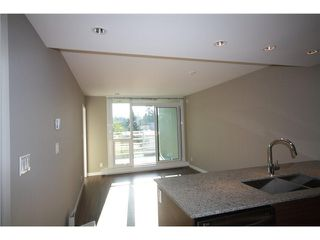 "Photo 4: # 317 135 E 17TH ST in North Vancouver: Central Lonsdale Condo for sale in ""Local"" : MLS®# V1022108"