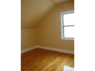 Photo 10: 915 BOYD Avenue in WINNIPEG: North End Residential for sale (North West Winnipeg)  : MLS®# 1319545