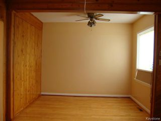 Photo 5: 915 BOYD Avenue in WINNIPEG: North End Residential for sale (North West Winnipeg)  : MLS®# 1319545