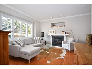 Photo 2: 1730 E 7TH Avenue in Vancouver: Grandview VE House 1/2 Duplex for sale (Vancouver East)  : MLS®# V1026490