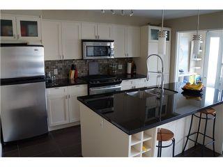 Photo 7: # 217 405 SKEENA ST in Vancouver: Renfrew VE Condo for sale (Vancouver East)  : MLS®# V1115002
