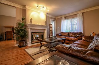 Photo 4: 24 10505 171 Street in Surrey: Fraser Heights Townhouse for sale (North Surrey)  : MLS®# r2029495