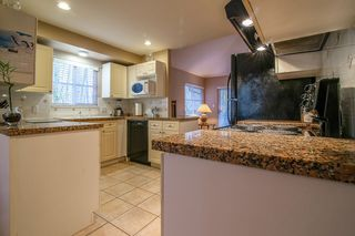 Photo 8: 24 10505 171 Street in Surrey: Fraser Heights Townhouse for sale (North Surrey)  : MLS®# r2029495