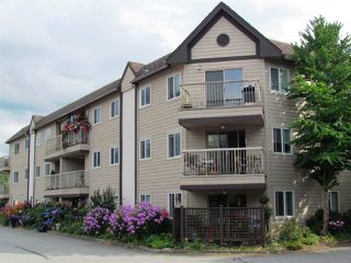 Photo 4: B303 40120 WILLOW CRESCENT in Squamish: Garibaldi Estates Condo for sale : MLS®# R2294966