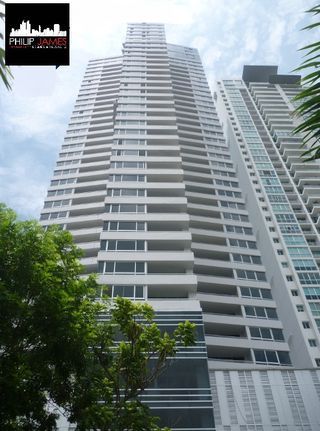 Photo 2: Elevation Tower - 3 bedroom 3.5 bathroom