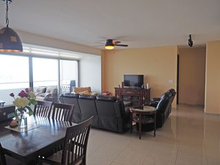 Photo 24: Elevation Tower - 3 bedroom 3.5 bathroom
