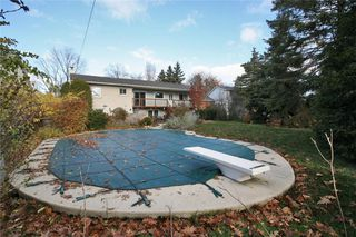 Photo 3: 1544 Venetia Dr in : 1017 - SW Southwest FRH for sale (Oakville)  : MLS®# OM2011266