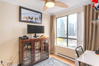 "Photo 14: 1802 1189 HOWE Street in Vancouver: Downtown VW Condo for sale in ""THE GENISIS"" (Vancouver West)  : MLS®# R2414658"