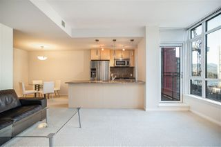 """Photo 5: 706 1211 MELVILLE Street in Vancouver: Coal Harbour Condo for sale in """"The Ritz"""" (Vancouver West)  : MLS®# R2422768"""