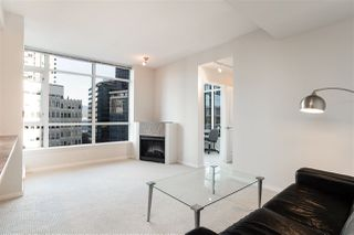 "Photo 4: 706 1211 MELVILLE Street in Vancouver: Coal Harbour Condo for sale in ""The Ritz"" (Vancouver West)  : MLS®# R2422768"