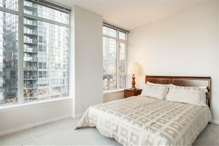 "Photo 13: 706 1211 MELVILLE Street in Vancouver: Coal Harbour Condo for sale in ""The Ritz"" (Vancouver West)  : MLS®# R2422768"