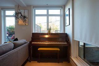 Photo 15: 1673 KITCHENER Street in Vancouver: Grandview Woodland Townhouse for sale (Vancouver East)  : MLS®# R2447263