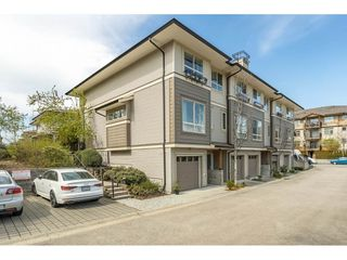 """Photo 1: 5 301 KLAHANIE Drive in Port Moody: Port Moody Centre Townhouse for sale in """"Currents @ Klahanie"""" : MLS®# R2475396"""