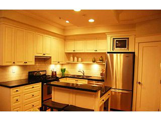 """Photo 5: 166 W 14TH AV in Vancouver: Mount Pleasant VW Townhouse for sale in """"Cambie Village"""" (Vancouver West)  : MLS®# V987260"""