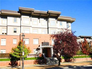 """Photo 2: 118 2250 WESBROOK Mall in Vancouver: University VW Condo for sale in """"CHAUCER HALL"""" (Vancouver West)  : MLS®# V988551"""