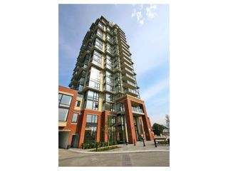 "Photo 1: # 301 15 E ROYAL AV in New Westminster: Fraserview NW Condo for sale in ""VICTORIA HILL HIGH RISES"" : MLS®# V989264"
