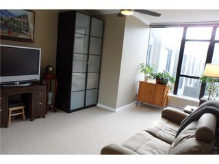 "Photo 7: # 301 15 E ROYAL AV in New Westminster: Fraserview NW Condo for sale in ""VICTORIA HILL HIGH RISES"" : MLS®# V989264"