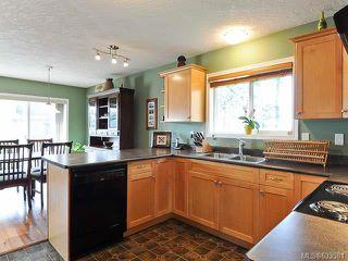 Photo 3: 1799 SPRUCE Way in COMOX: Z2 Comox (Town of) House for sale (Zone 2 - Comox Valley)  : MLS®# 633581