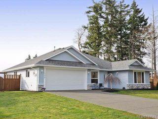 Photo 1: 1799 SPRUCE Way in COMOX: Z2 Comox (Town of) House for sale (Zone 2 - Comox Valley)  : MLS®# 633581