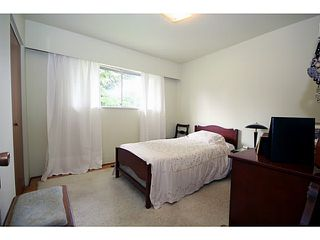 """Photo 7: 500 55TH Street in Tsawwassen: Pebble Hill House for sale in """"PEBBLE HILL"""" : MLS®# V1000254"""