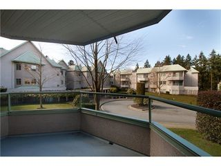 Photo 9: 319 6735 STATION HILL Court in Burnaby South: South Slope Home for sale ()  : MLS®# V935281