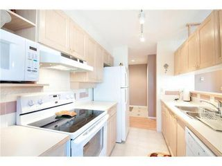 Photo 4: 319 6735 STATION HILL Court in Burnaby South: South Slope Home for sale ()  : MLS®# V935281