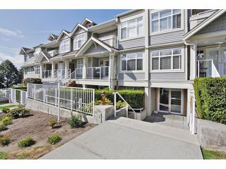 """Photo 3: 105 15621 MARINE Drive: White Rock Condo for sale in """"Pacific Point"""" (South Surrey White Rock)  : MLS®# F1320279"""