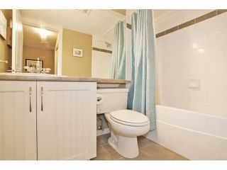 """Photo 13: 105 15621 MARINE Drive: White Rock Condo for sale in """"Pacific Point"""" (South Surrey White Rock)  : MLS®# F1320279"""