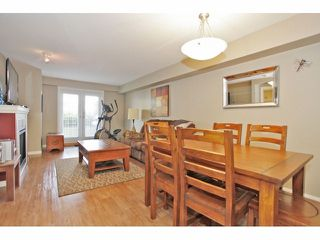 """Photo 9: 105 15621 MARINE Drive: White Rock Condo for sale in """"Pacific Point"""" (South Surrey White Rock)  : MLS®# F1320279"""