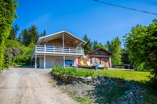 Photo 2: 5255 Chasey Road: Celista House for sale (North Shore Shuswap)  : MLS®# 10078701