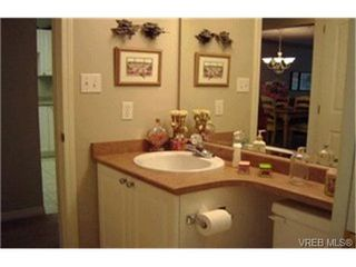 Photo 4:  in VICTORIA: VR Glentana Row/Townhouse for sale (View Royal)  : MLS®# 385472