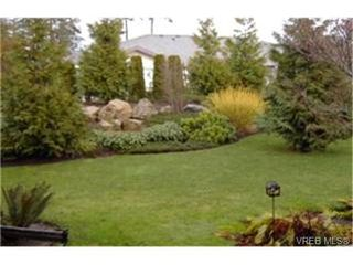 Photo 6:  in VICTORIA: VR Glentana Row/Townhouse for sale (View Royal)  : MLS®# 385472