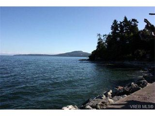 Photo 4: 5365 Parker Avenue in VICTORIA: SE Cordova Bay Single Family Detached for sale (Saanich East)  : MLS®# 342176