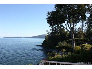 Photo 5: 5365 Parker Ave in VICTORIA: SE Cordova Bay Single Family Detached for sale (Saanich East)  : MLS®# 681980