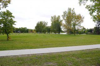 Photo 2: 158 Lake Grove Bay in Winnipeg: Waverley Heights Single Family Detached for sale (South Winnipeg)  : MLS®# 1423298