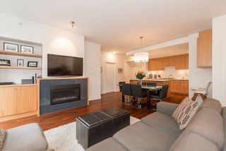 Photo 4: 105 1675 W 8TH AVENUE in Vancouver: Fairview VW Townhouse for sale (Vancouver West)  : MLS®# R2010745