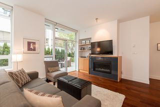Photo 2: 105 1675 W 8TH AVENUE in Vancouver: Fairview VW Townhouse for sale (Vancouver West)  : MLS®# R2010745