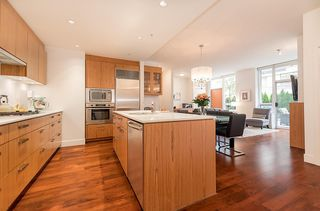 Photo 9: 105 1675 W 8TH AVENUE in Vancouver: Fairview VW Townhouse for sale (Vancouver West)  : MLS®# R2010745
