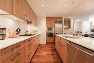 Photo 10: 105 1675 W 8TH AVENUE in Vancouver: Fairview VW Townhouse for sale (Vancouver West)  : MLS®# R2010745
