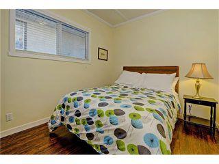 Photo 16: 309 28 AV NE in Calgary: Tuxedo Park House for sale : MLS®# C4066138