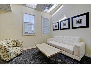 Photo 9: 309 28 AV NE in Calgary: Tuxedo Park House for sale : MLS®# C4066138