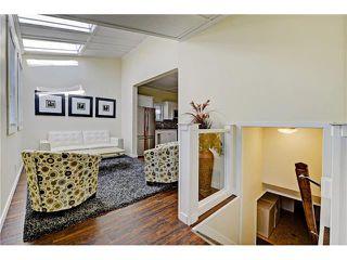 Photo 14: 309 28 AV NE in Calgary: Tuxedo Park House for sale : MLS®# C4066138
