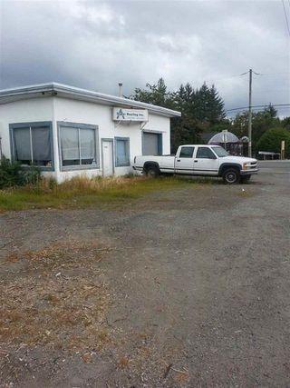 Main Photo: 25189 Dewdney Trunk Road in Maple Ridge: Home for sale : MLS®# C8000314