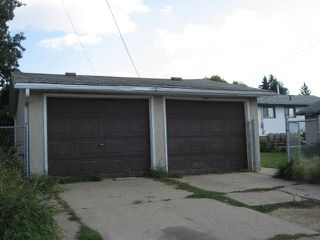 Photo 3: 12936 - 132 Street in Edmonton: House for rent