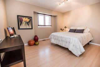 Photo 21: 216 WAYGOOD Road in Edmonton: Zone 22 House for sale : MLS®# E4168750