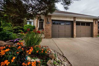 Photo 2: 216 WAYGOOD Road in Edmonton: Zone 22 House for sale : MLS®# E4168750